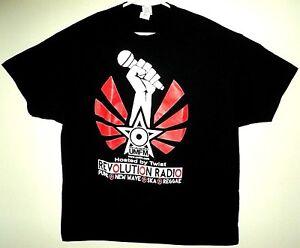 REVOLUTION-RADIO-UMFM-Canada-NEW-Logo-Image-T-Shirt-Size-2XL-XXL