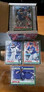 2019-Topps-Holiday-Wal-Mart-Complete-Base-Set-057-1-200