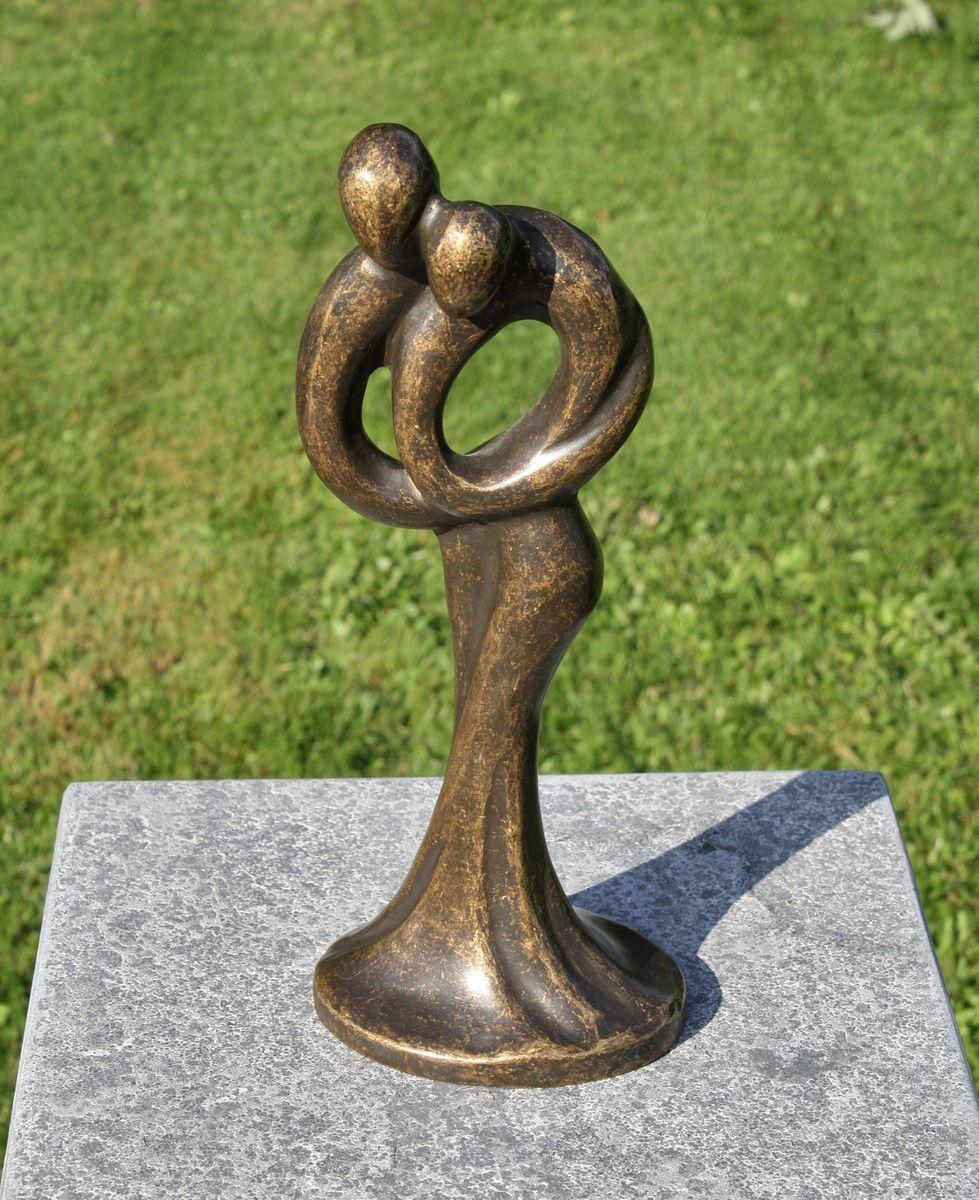 Escultura de bronce, los amantes modernos, decoración para el hogar y jardín .