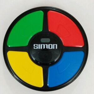 Simon-Says-Electronic-Memory-Game-Hasbro-2015-VG-Tested
