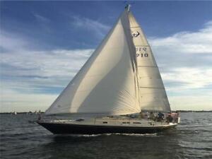 1990 ERICSON 32' sloop