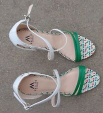 ShoeDazzle Madison women's white green leather high heel shoes size 6 1/2