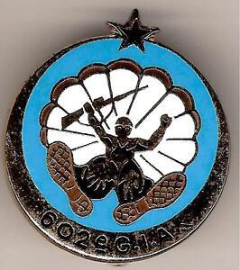 Tot 1930: luchtmacht Verzamelingen COS    FORCES  SPECIALES    COMMANDO  PARACHUTISTE  de  l'AIR   N°10    Delsart