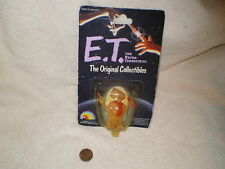 """E.T. 2"""" Figurine 1982 Universal, Orig. Package w/Red Phone & Finger"""