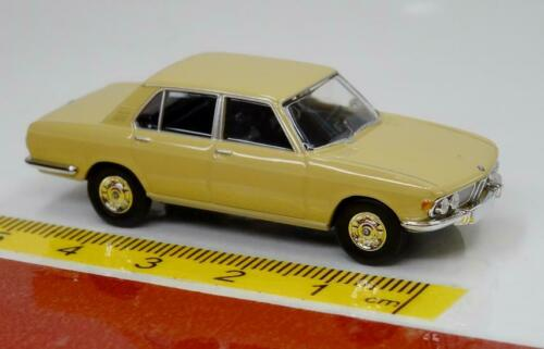 BMW 2500 Beige 13601 Brekina STARMADA