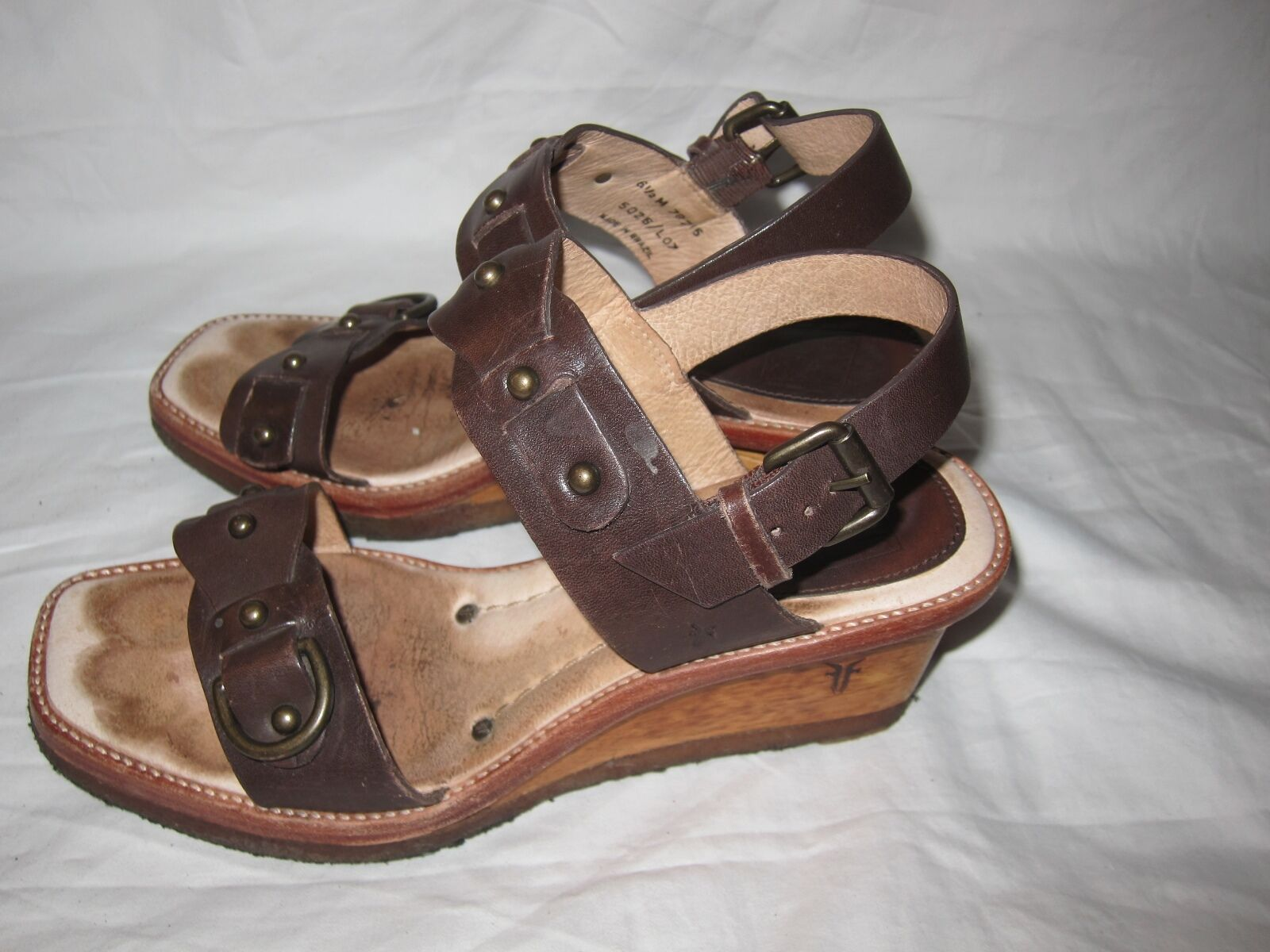 Gorgeous  Frye Women's Brown Leather Peep Toe Slingback Wedges SZ 6.5 M