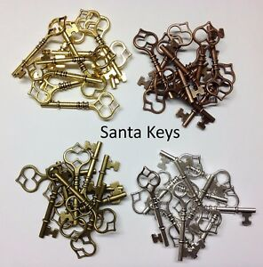 steam punk art Brass Color Crown Key Charm NEW! 10 Count