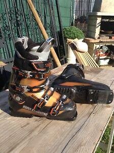 2 Chaussures De Ski Salomon.