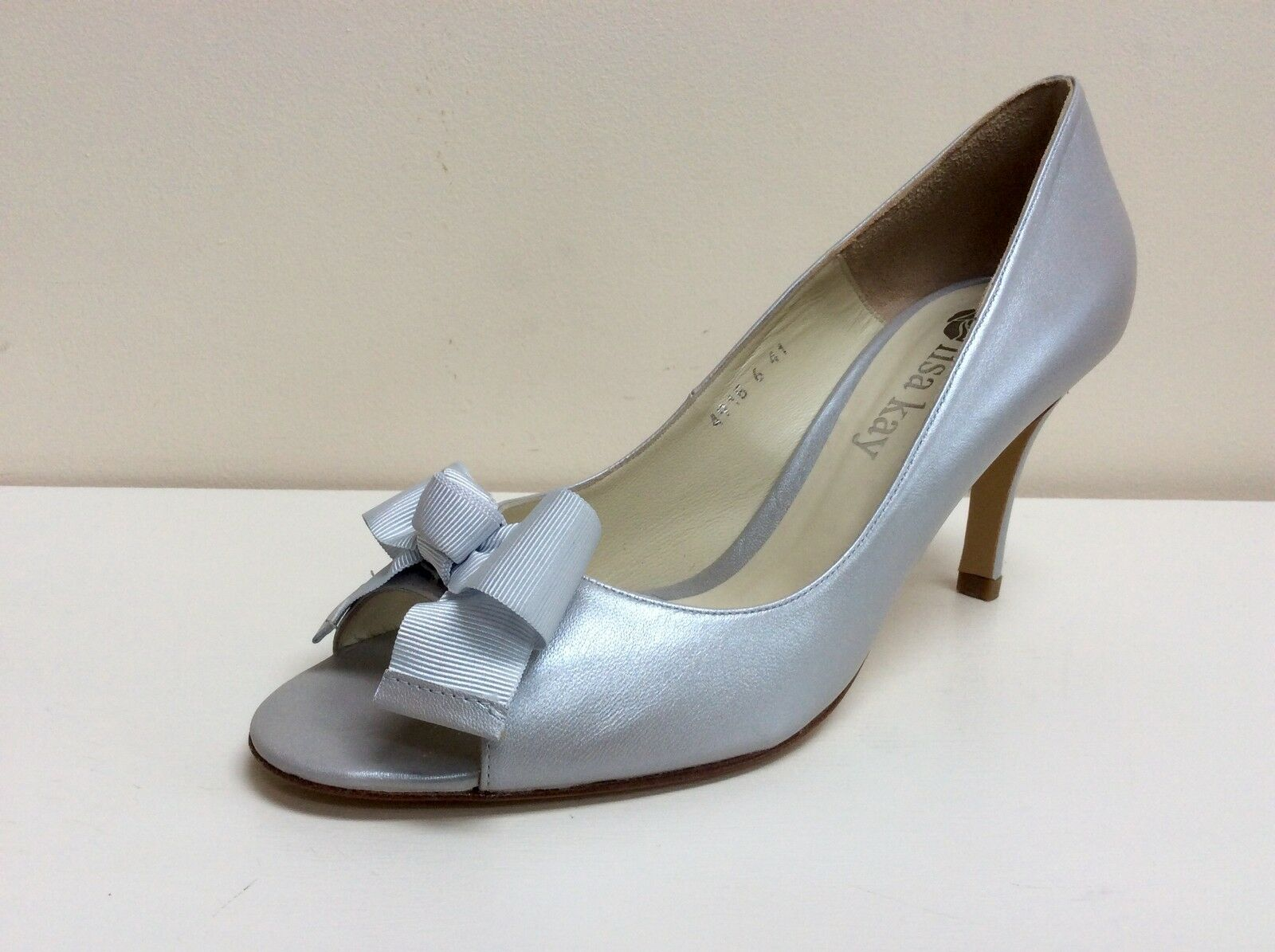 Lisa Kay Marcia courts, silver leather peep toe courts, Marcia UK 4.5/EU 37.5, BNWB decc5b