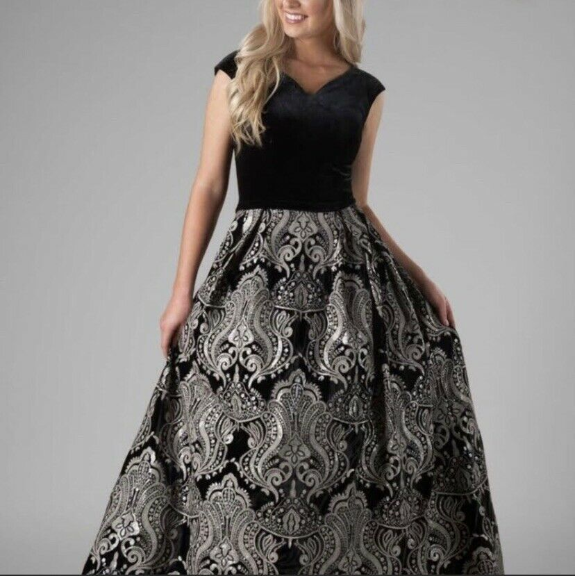 Beautifully Modest Prom or Bridesmaid Dress Formal Gown Black Silver Size 12