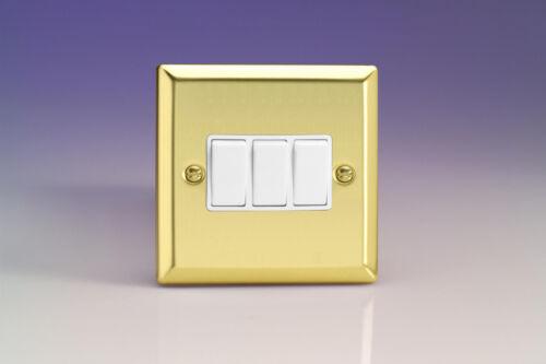 Varilight 3-Gang 10 A 1 ou 2-Way Rocker Interrupteur De Lumière Victorian Brass XV3W