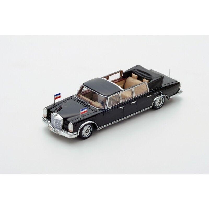 TRUESCALE - MERCEDES BENZ 600 Pullman Landaulet 1967 6 Door Broz Tito   1 43