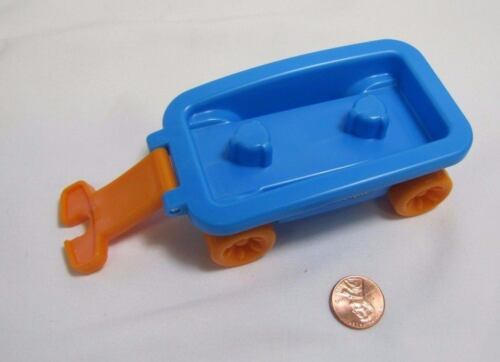 FPLP Fisher Price Little People BLUE WAGON Room for 2 Figures to Sit