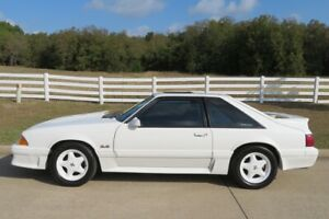 1993-Ford-Mustang-GT