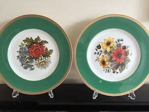 PAIR-OF-GREEN-GOLD-COALPORT-BONE-CHINA-CABINET-COLLECTOR-DISPLAY-PLATES
