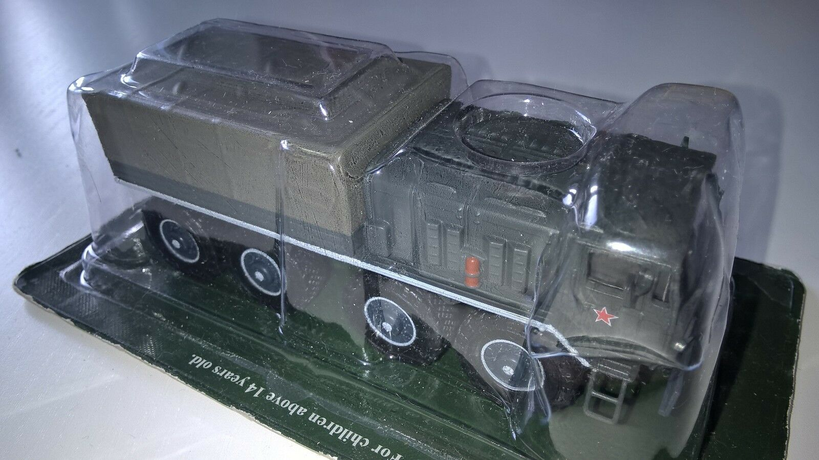 VEHICULE MILITAIRE 1/72 MA3-535A : Camion Russe 8X8  MA3-535A 1/72 c369c6