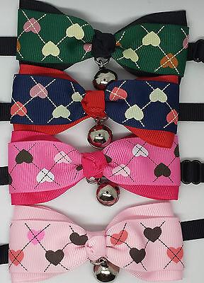 Regno Unito Regolabile Animale Domestico Gatto Cane Teddy Doll Cravatta Toelettatura Papillon Mix Fashion Cuori- Tecnologie Sofisticate