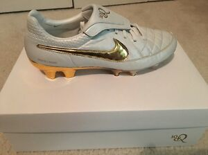a6d8d313df8f7 ... ireland image is loading nike tiempo legend v r10 ronaldinho touch of  8f127 90ff2