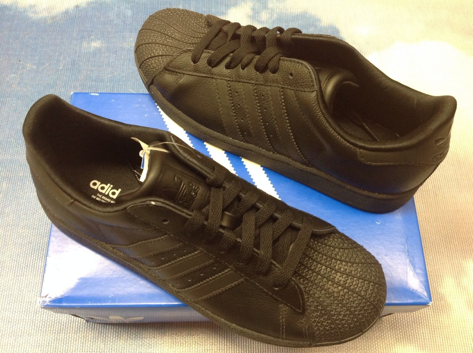 Adidas superstar in uniforme scolastica scarpa giovent dimensioni da donne 4 a 7 / donne da 8,5 80a6f3