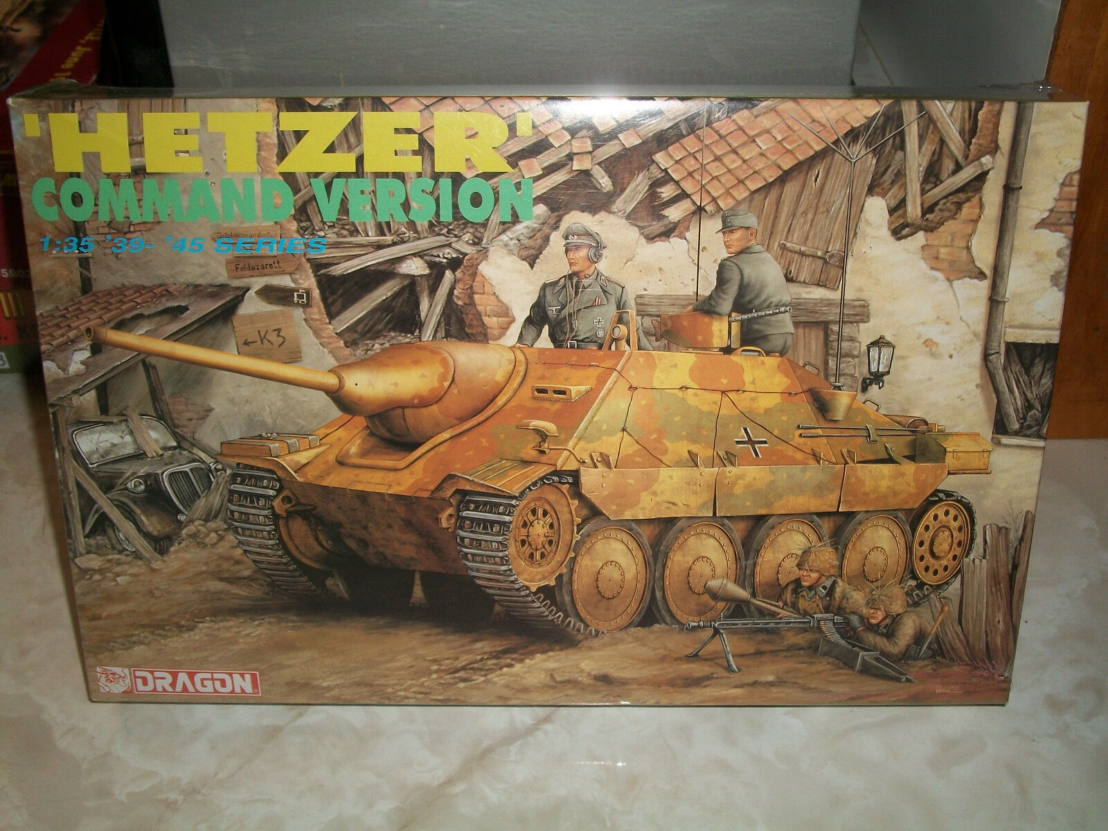 Dragon 1 35 Scale German 'Hetzer' Command Version Tank - Factory Sealed