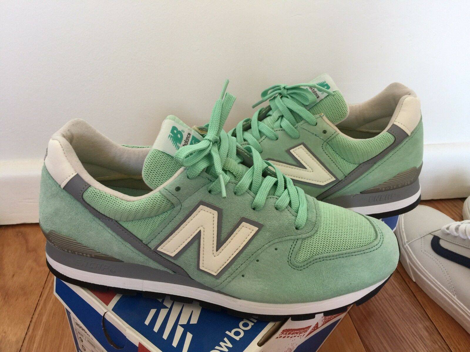 New Balance 996 996 996 Made In USA 9 Green Teal White Grey 998 1500 1400 1600 1300 8f4d83