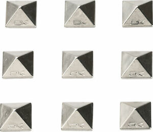 Dakine-Pyramid-Studs-Stomp-Pad-Alloy