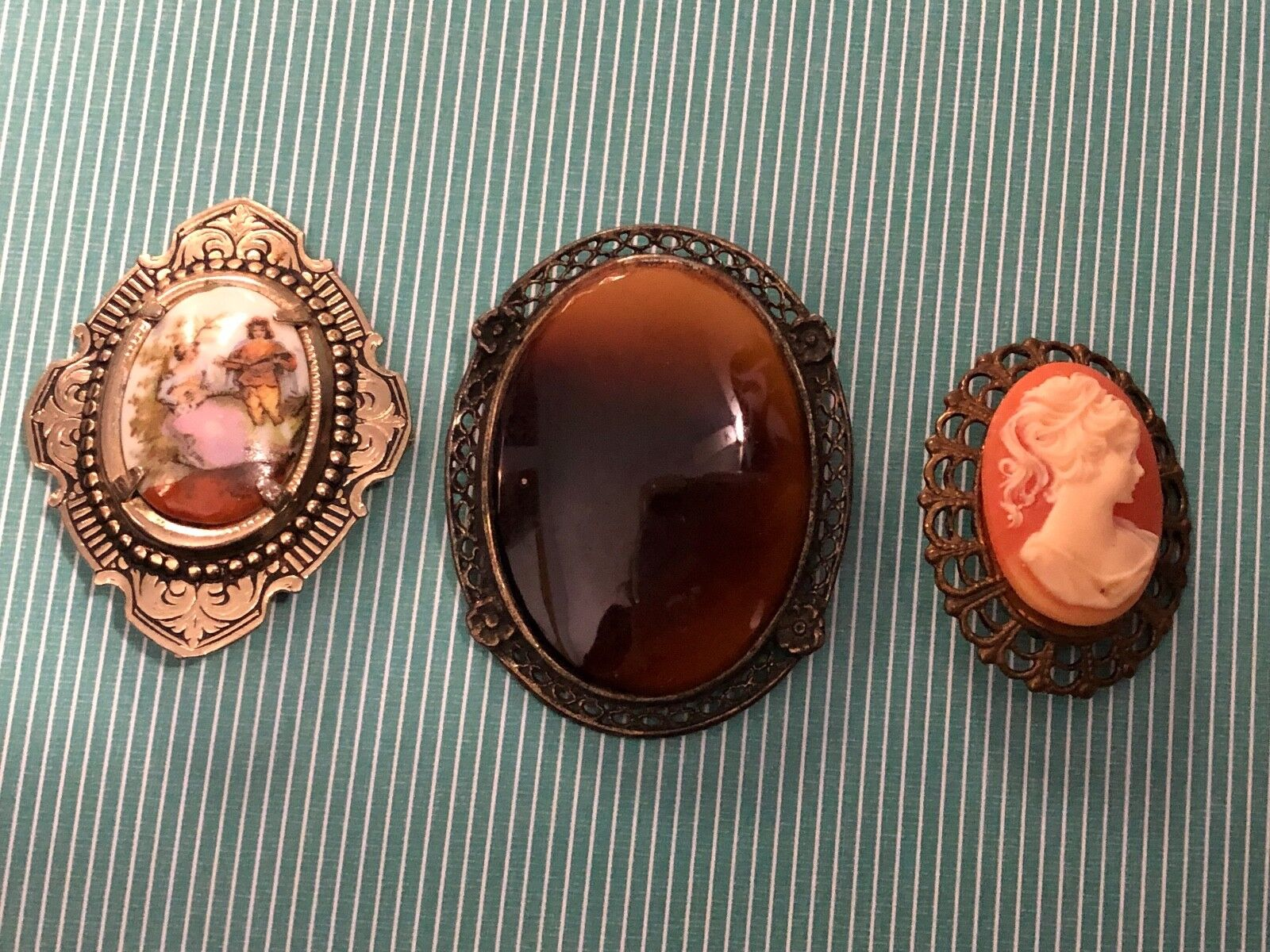 Gorgeous Antique Pendant   Brooch   Pin Vintage Carved Shell Cameo