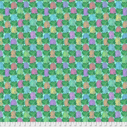 Jennifer Paganelli PWJP137 Judith/'s Fancy Pineapple Teal Cotton Fabric By Yard