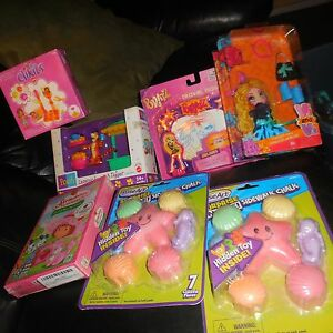 7 LOT GIRLS KID ROSEART CHALK STRAWBERRY SHORTCAKE BRATZ LEGO CLIKITS VI&VA DOLL