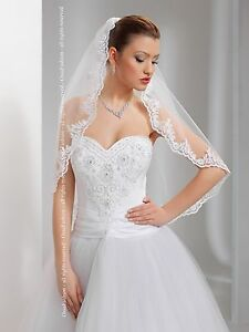 Wedding-Veil-Elbow-Length-Lace-Edge-Comb-Attached-W-17