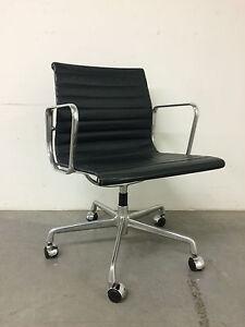 original vitra ea107 b rostuhl designer charles eames ea 107 alu chair lux366 ebay. Black Bedroom Furniture Sets. Home Design Ideas