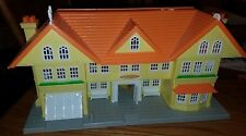 "CHARMING Vtg 1988 MATCHBOX ""OH JENNY"" Plastic Dollhouse w/14 Pc. Doll Furniture!"
