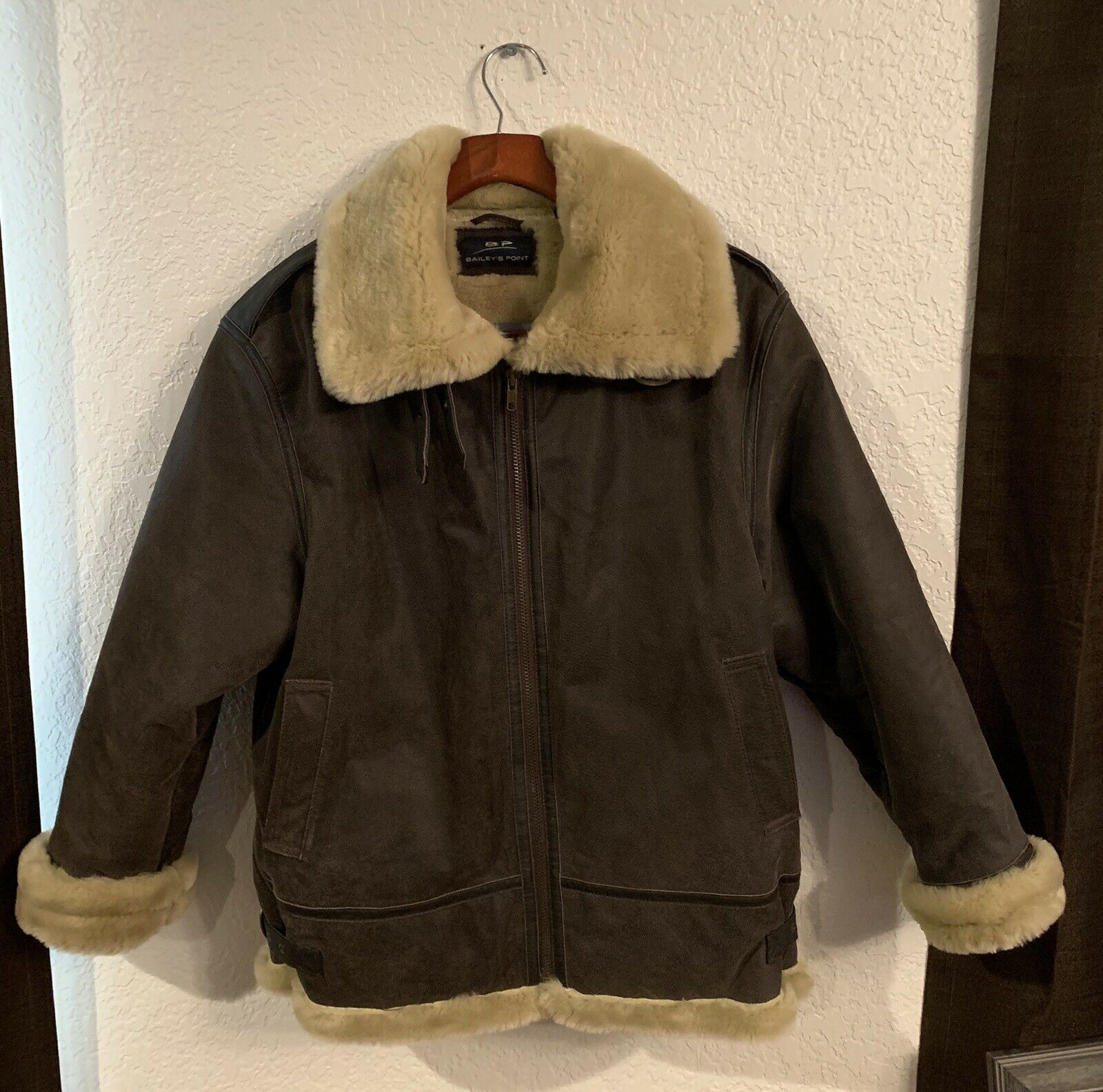 Bailey's Point Woman's Leather Faux Fur Lined Cold Weather Coat 10 12