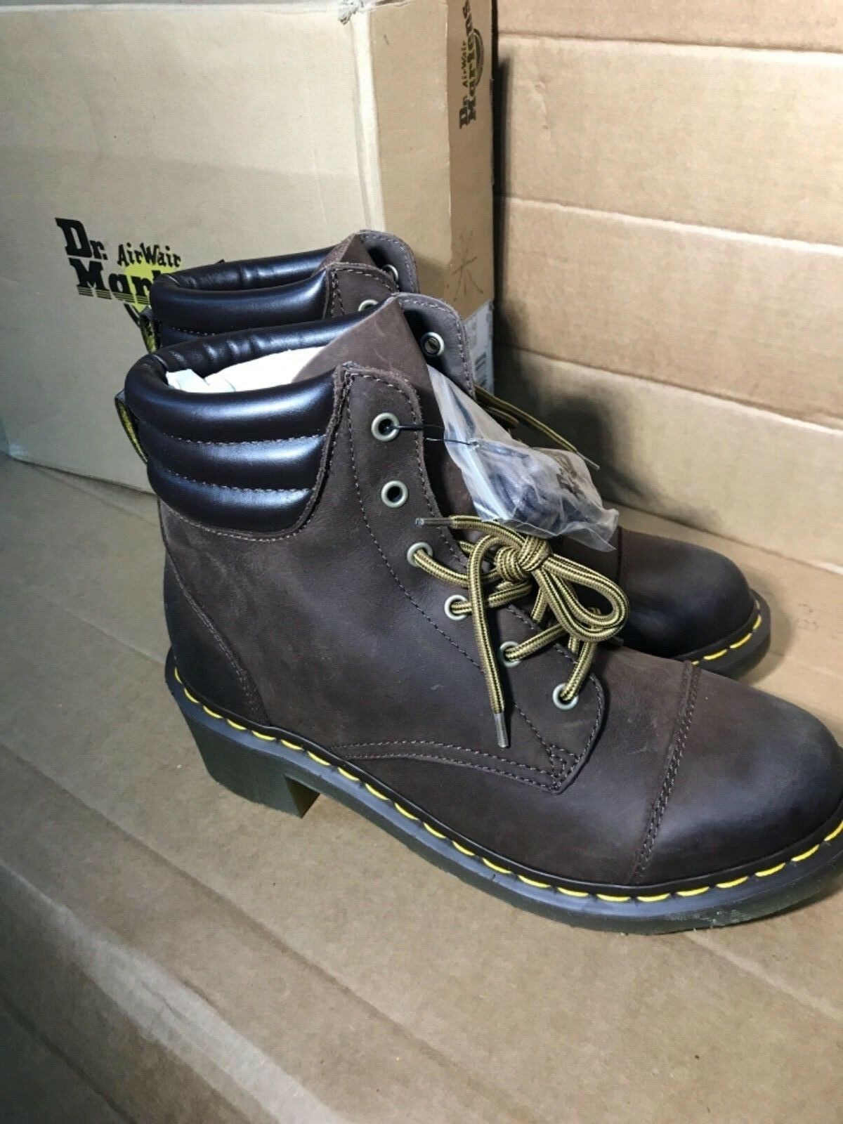 Dr. Martens air wair Braun boots Damens's Größe 11