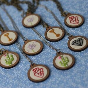 Gift-DIY-Crafts-Embroidery-Hoop-Cross-Stitch-Frame-Wooden-Framing-Necklace