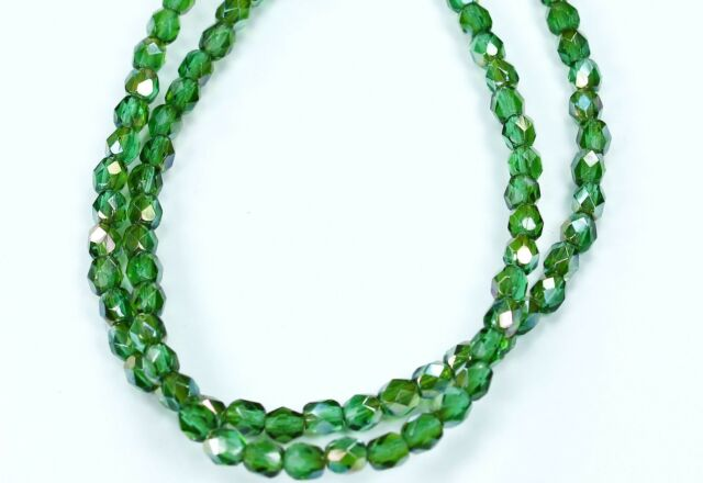50 PRAIRIE GREEN FACETED ROUND GLASS BEADS 6MM