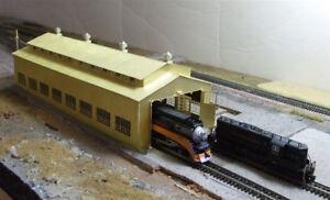 1087-Micron-Art-Z-scale-Large-2-stall-Locomotive-Engine-House-Brass-Kit