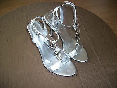 women GUESS BY MARCIANO, SILVER SANDALS ANKLE STRAPPY DECORATED, SIZE 8.5M