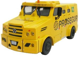 22-MERCEDES-BENZ-Transport-values-strong-car-1-43-Service-Vehicles-of-Brazil