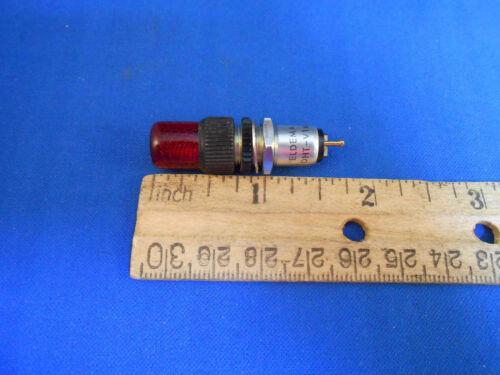 DHT-V166  ELDEMA RED LIGHT INDICATOR SCREENED ON THE INSIDE  NEW OLD STOCK