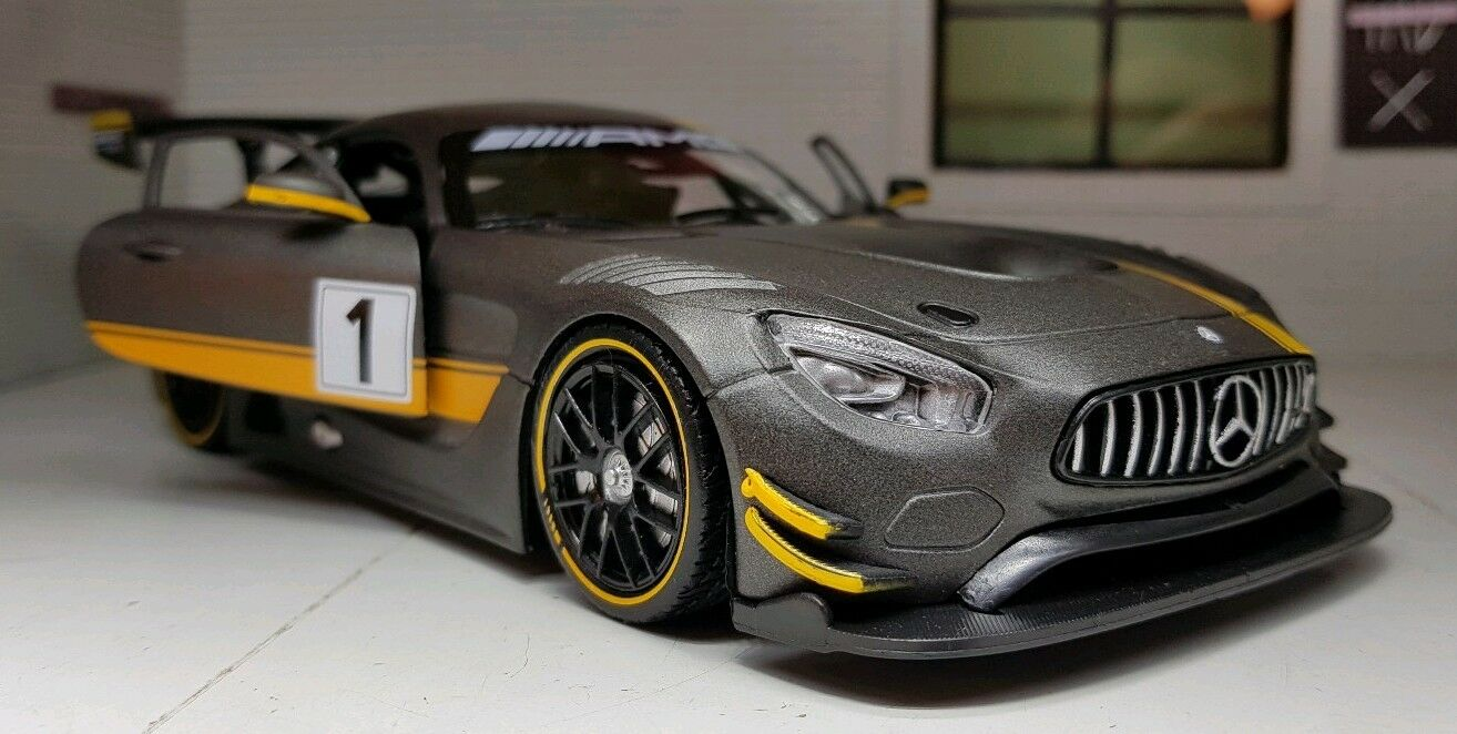 1 24 Scale Mercedes AMG GT3 GT Racing 2016 Detailed Diecast Model Car 73784