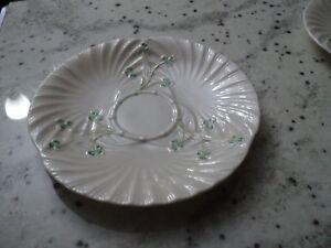 Belleek Irlandais 1) plaques avec trèfles- natté-afficher le titre d`origine Ytq6Z4mk-09084417-191830026