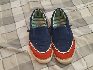 c81d89c81754f Image is loading Mini-Boden-boys-shark-shoes-size-34