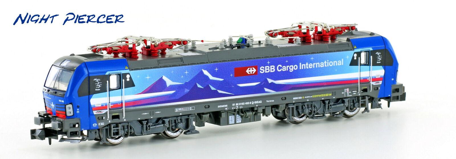 Hobbytrain 2999-01 Electric Locomotive Re475 Vectron SBB Cargo Night Piercer
