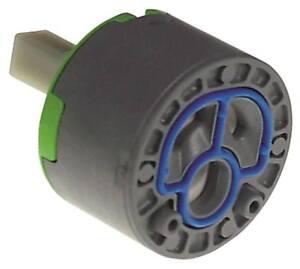 Cartuccia-Ceramica-D-Asse-10x10-5mm-con-2-Arretierstiften-D1-47mm-D2-25-8mm