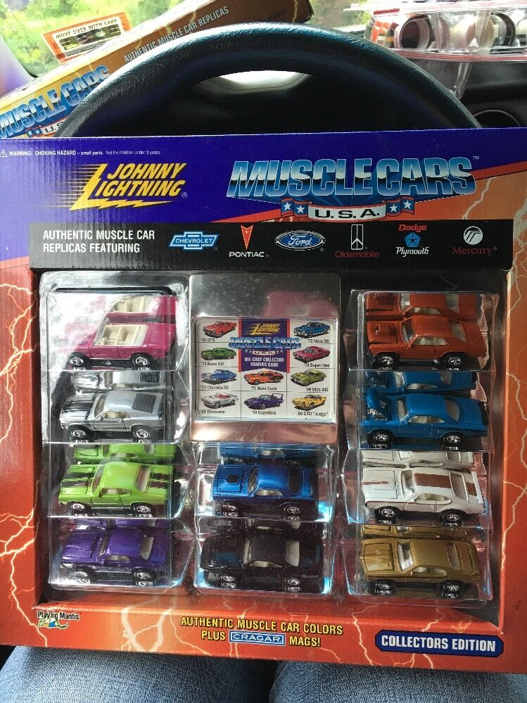 Johnny Lightning MUSCLE CARS USA 10 Voiture SET COLLECTOR'S EDITION 1995 Comme neuf IN BOX