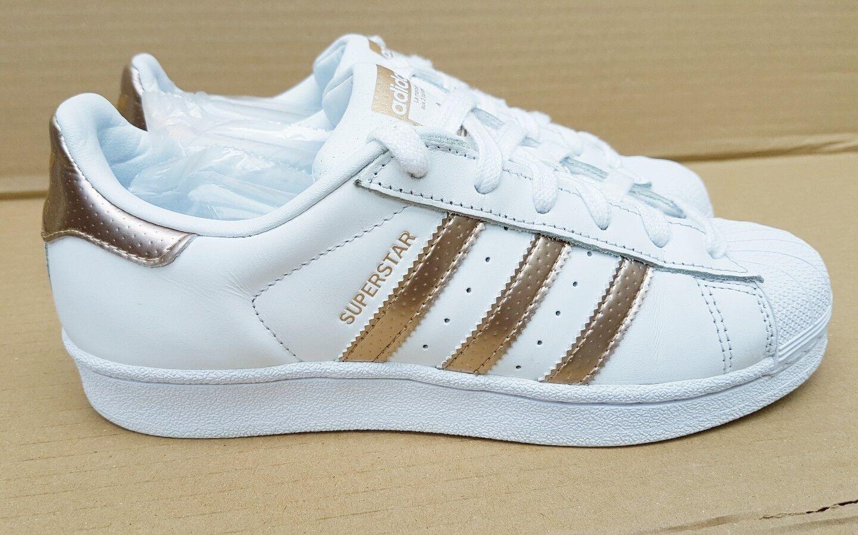 STUPENDO adidas Superstar bianco & rosa oro Scarpe Da Ginnastica Misura 4.5 Regno Unito RARO OTTIMO