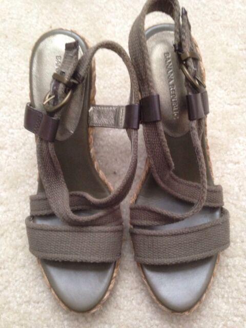 4adeb685589 Banana Republic Vierra Espadrilles Braided Strappy Wedge Heel Sandals Sz 9