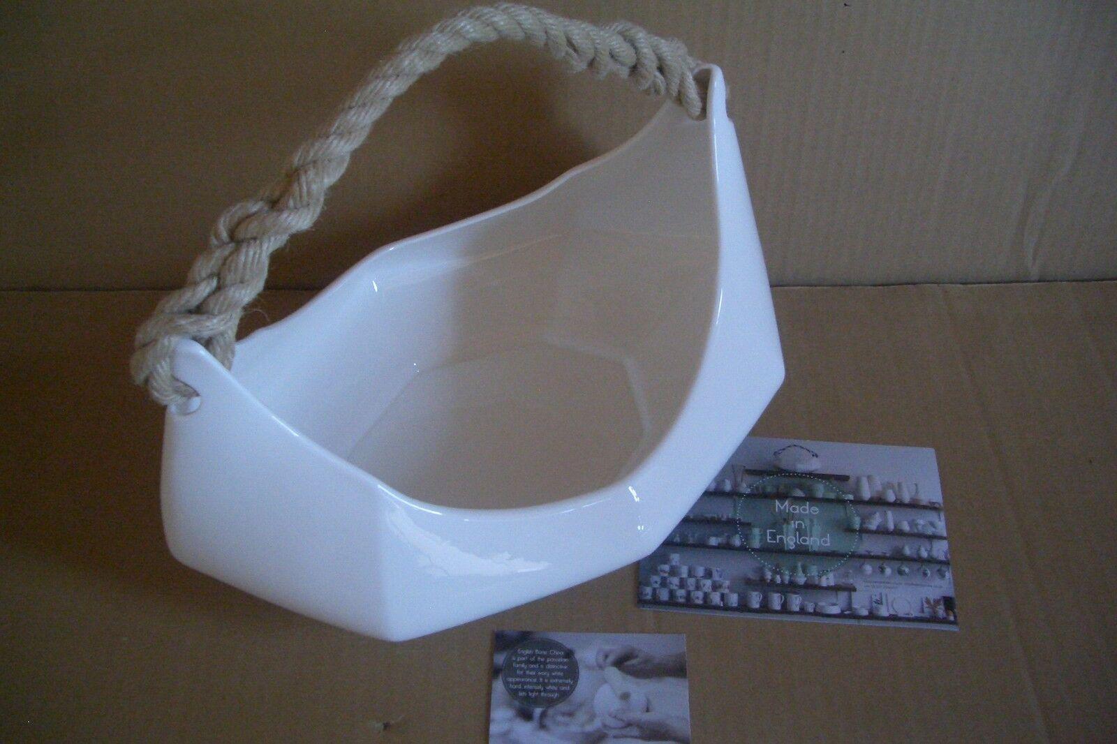 Reiko Kaneko reikokaneko Porzellanschale The Boat natural Deko Stiefel
