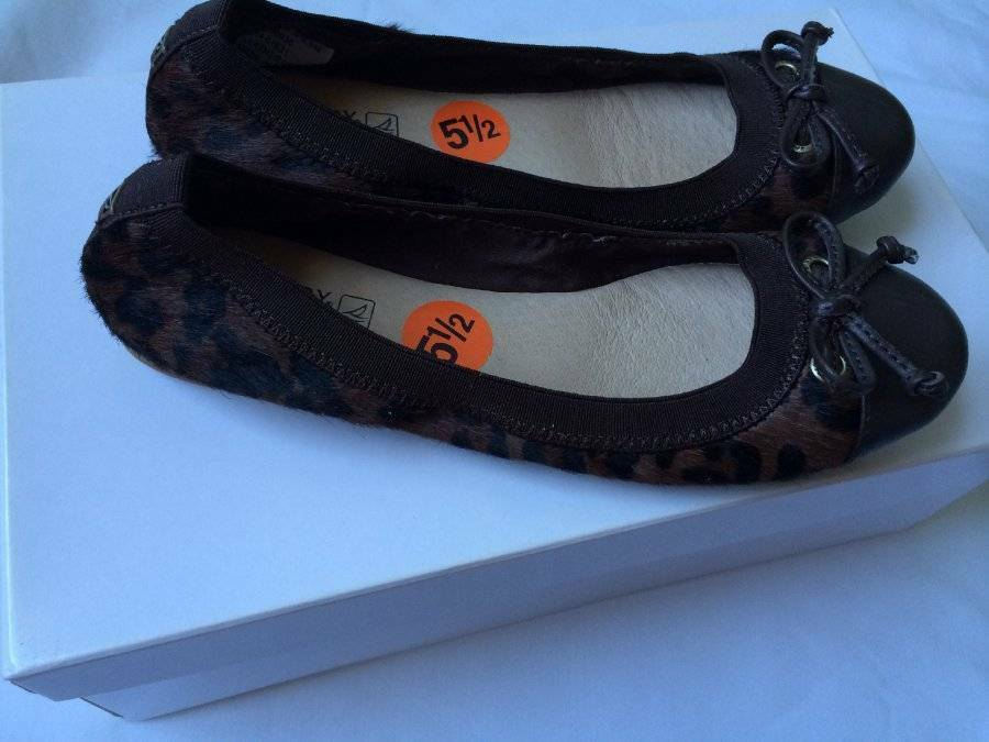 Sperry braun Ballet Flat Fur Leather schuhe Größe 5.5M New New New 7a307a